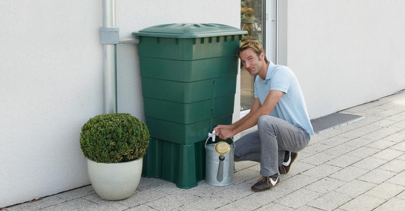 SZÖGLETES zöld esővízgyűjtő, 520 L