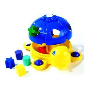 Bébi műanyag játékok