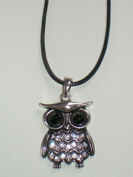 Bagolymedálos nyaklánc - fekete szemű bagolyka