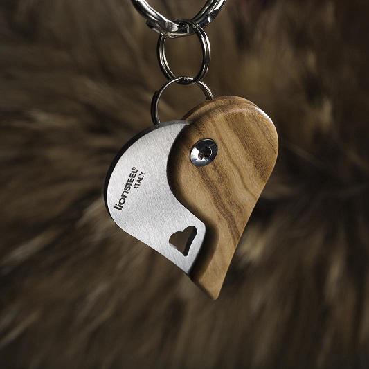 LionSteel LionBeat Heart Olive kulcstartó zsebkés