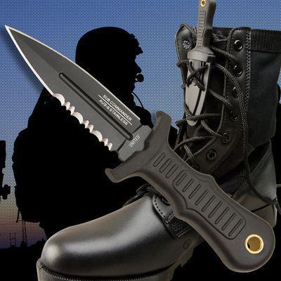 United Cutlery Sub Commander Black Serrated nyakkés