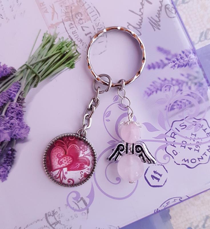 kulcstartó szív üveglencse medállal és rózsakvarc angyallal