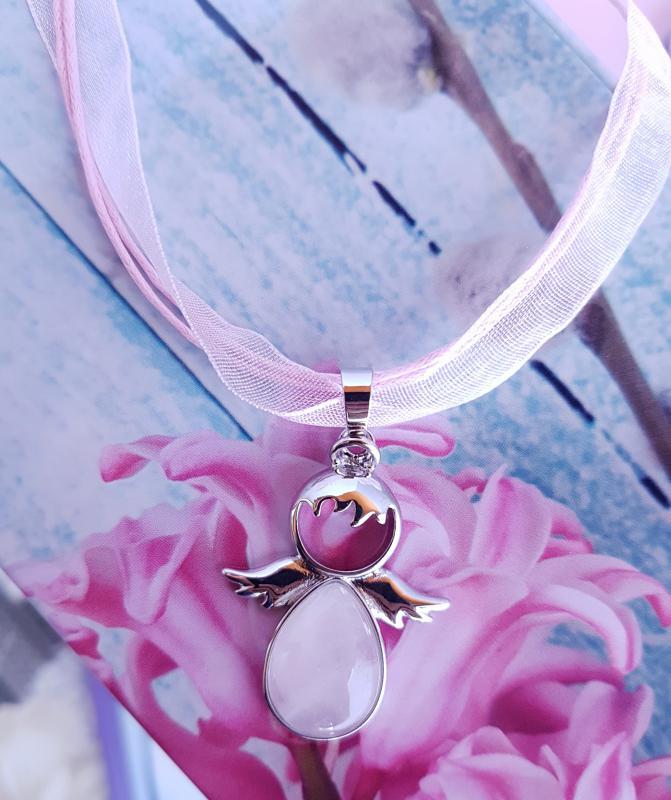 rózsaszín organza nyaklánc rózsakvarc angyal medállal