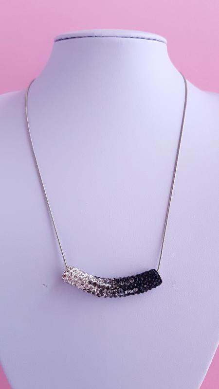 strasszos cső medálos nyaklánc