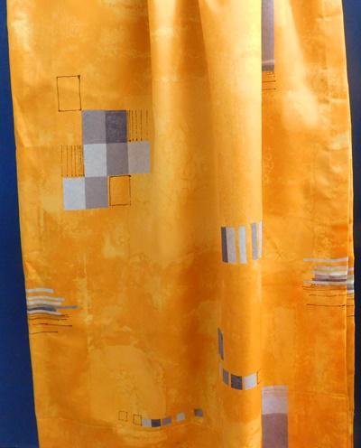 Barna mintás ablakpárna hengeres kb:34cm körméret, 120 cm hosszú
