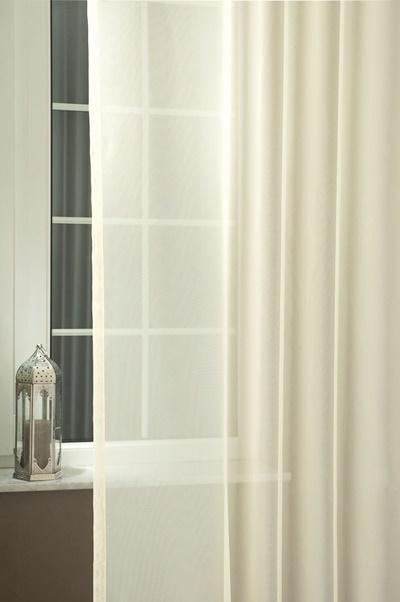 Egyszínű voila kész függöny ecrü 3. árnyalat 150x90cm