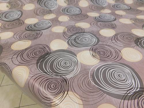Levendulás viaszos vászon drapp alapon 110x140cm