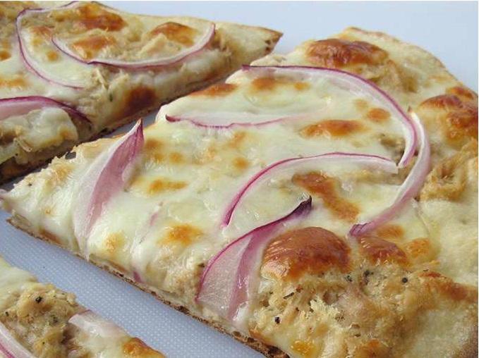 Csülkös pizza