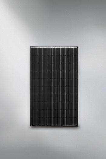 Viessmann Vitovolt 300 M300 PB, 300 Wp monokristályos, fekete keret