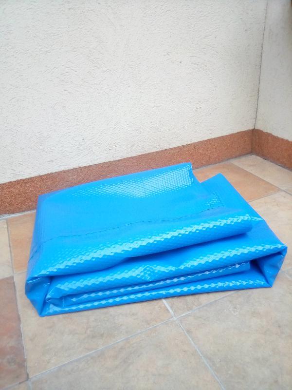 Szolárfólia 1,25 m széles  kék medencetakaró