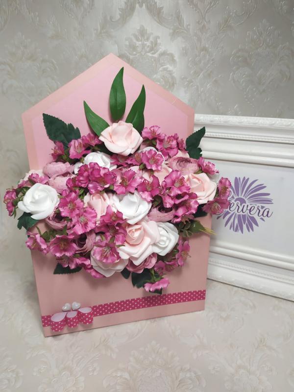 Boríték virágbox, rózsa, boglárka, török szegfű
