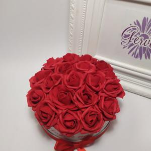 Piros rózsa mini virágbox, anyák napjára