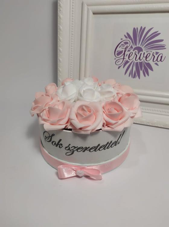 Feliratos mini box rózsaszín-fehér