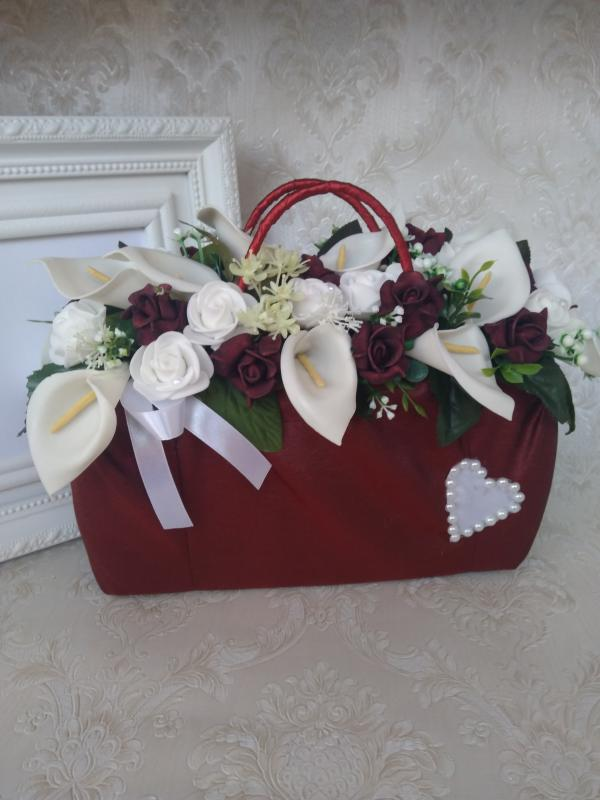 Kála- rózsa kistáska ( virágbox )