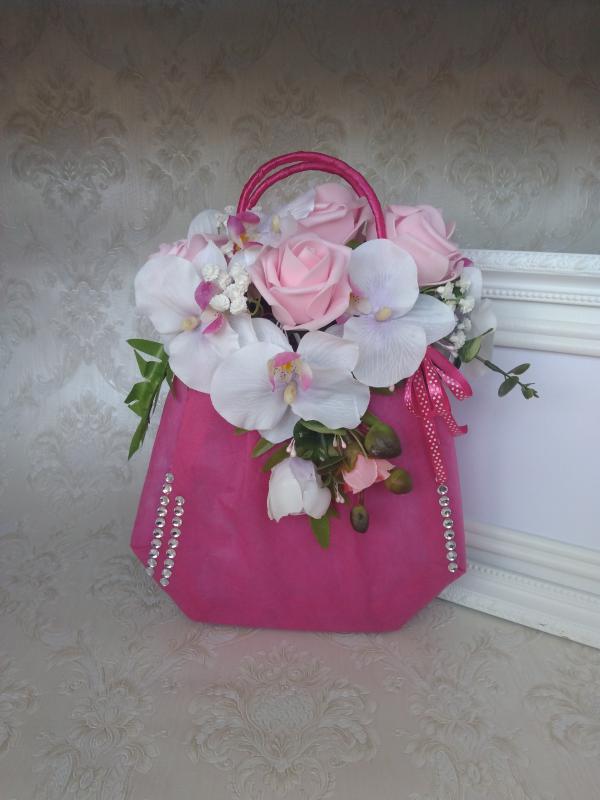 Orchidea, rózsa kistáska ( virágbox)