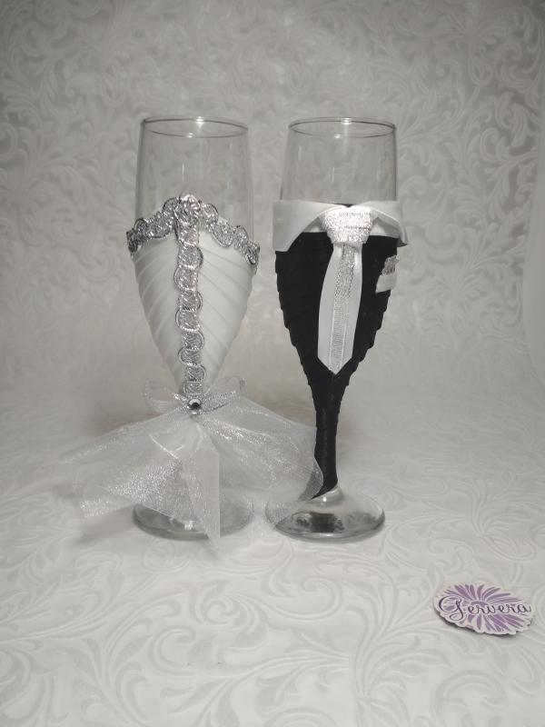 Pezsgőspohár esküvőre, ezüst