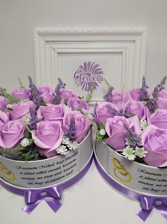 Szappanrózsa szülőköszöntő virágbox, lila
