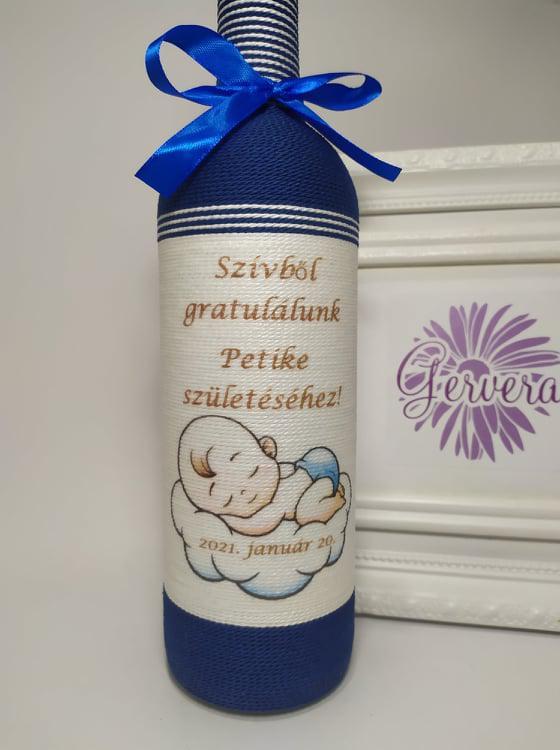 Zsinórozott boros üveg, baba születésre,kék