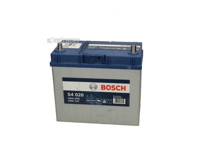 Akkumulátor BOSCH SILVER S4 45AH 330A Jobb+  JAPAN
