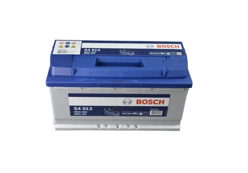 Akkumulátor BOSCH SILVER S4 95AH 800A jobb+