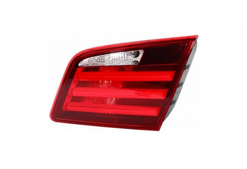 BMW 5 F10 szedán 2010-től belső hátsó lámpa