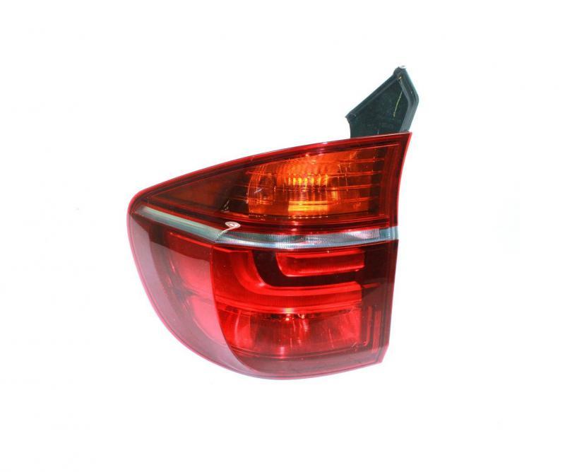 BMW X5 E70 2010- külső hátsó lámpa