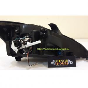 Ford Focus Mk1 1998-2001 fekete fényszóró