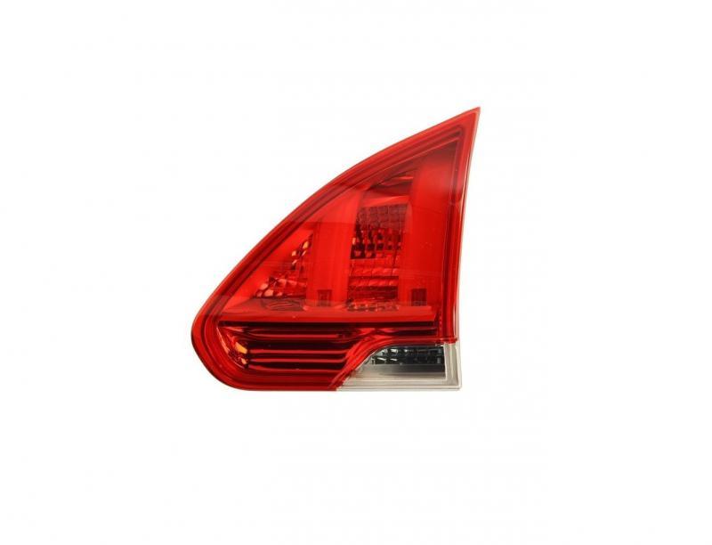 Peugeot 2008 13- hátsó lámpa