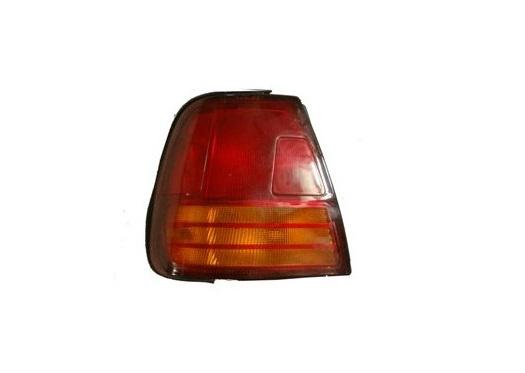 Suzuki Swift 96-05 hátsó lámpa sedan