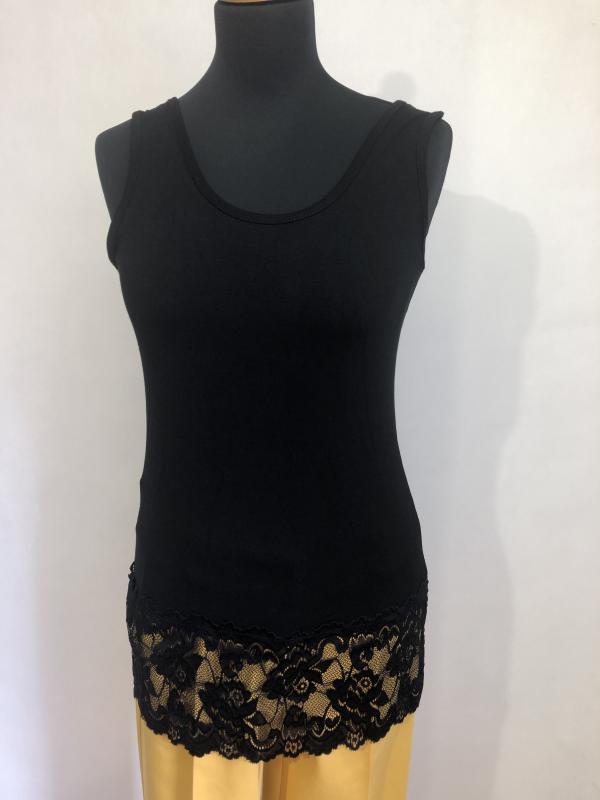 Csipkeszegélyes viszkóz trikó -fekete hosszú