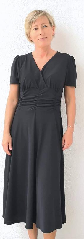 Fekete, alkalmi, nyári ruha szép szabásvonallal