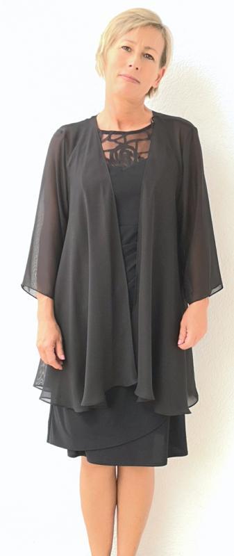 Fekete selyem zsorzsett kabátka (gombnélküli fazon)