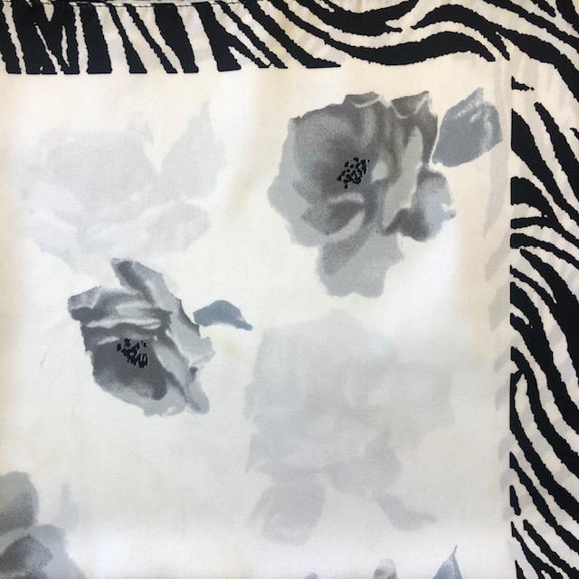 Selyem kiskendő - fekete/fehér mintás