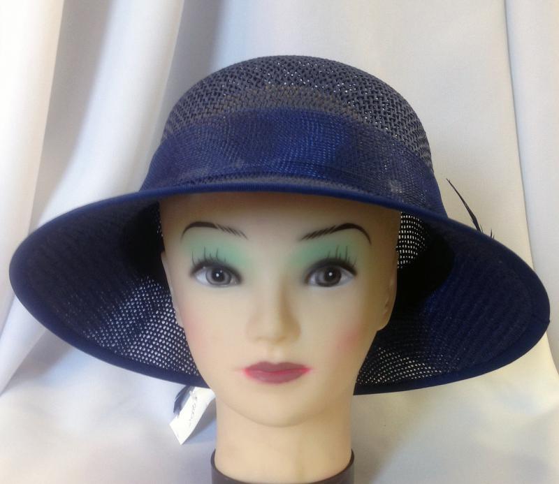 Sötétkék kis karimás nyári kalap