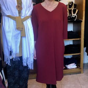 Érett vörösbor színű alkalmi ruha