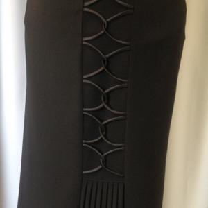 Fekete zsorzsett szoknya