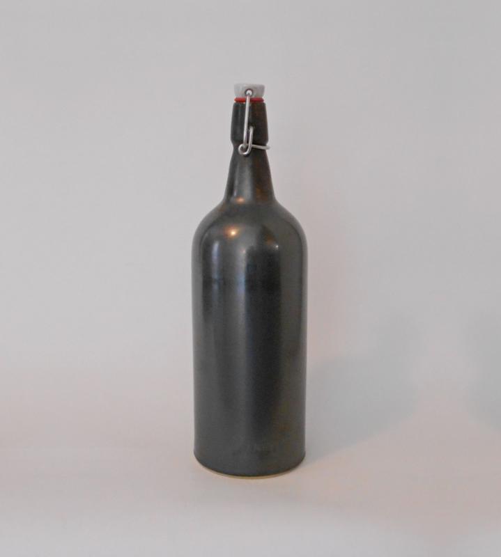1,5l-es palack, grafit szürke