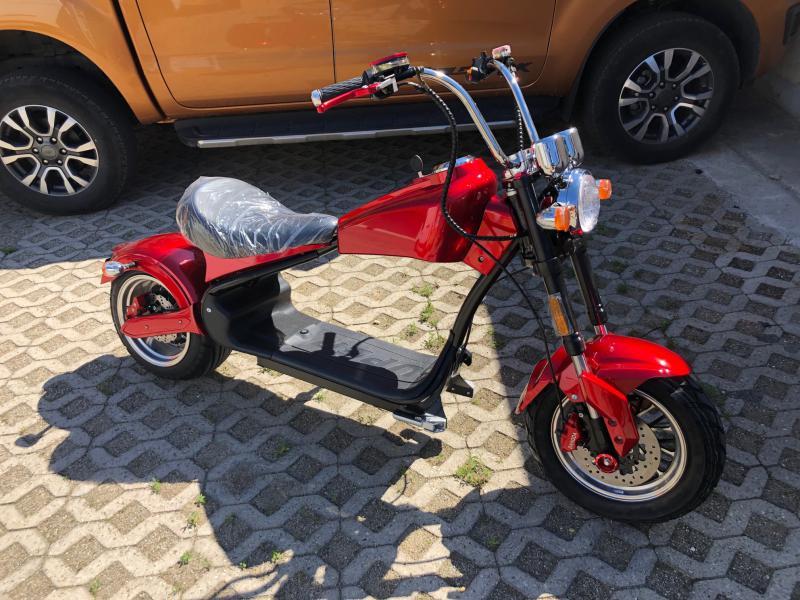 E-chopper e-Harley 70km/h e-roller coco moto 2000watt