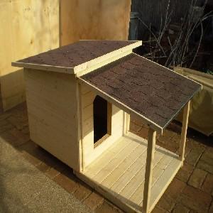 Teraszos kutyaházak