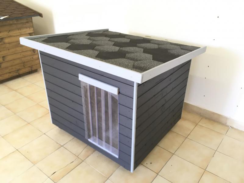 100X110 Extra hőszigetelt kutyaház lapos tetős antracid