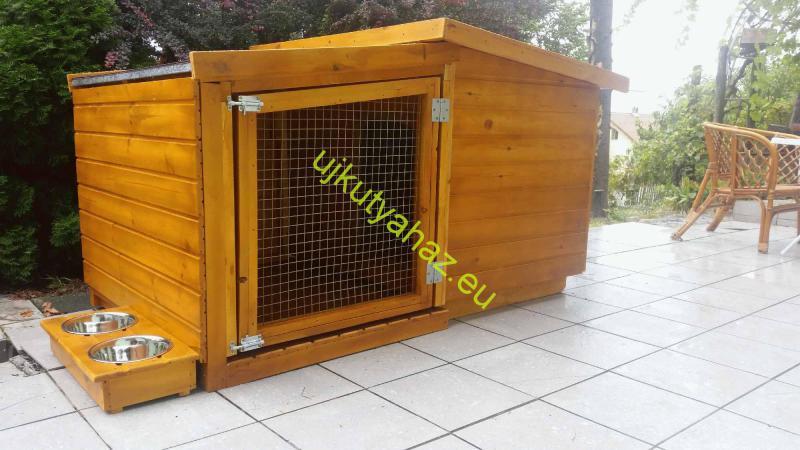 80X100 hőszigetelt kutyaház teraszos+szélfogó fallakkal rácsos ajtóval