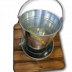 Fűthető 10 literes vödrös itató