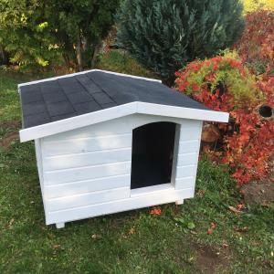 Modern fehér 80X100 EXTRA hőszigetelt kutyaház fordított amerikai tetős