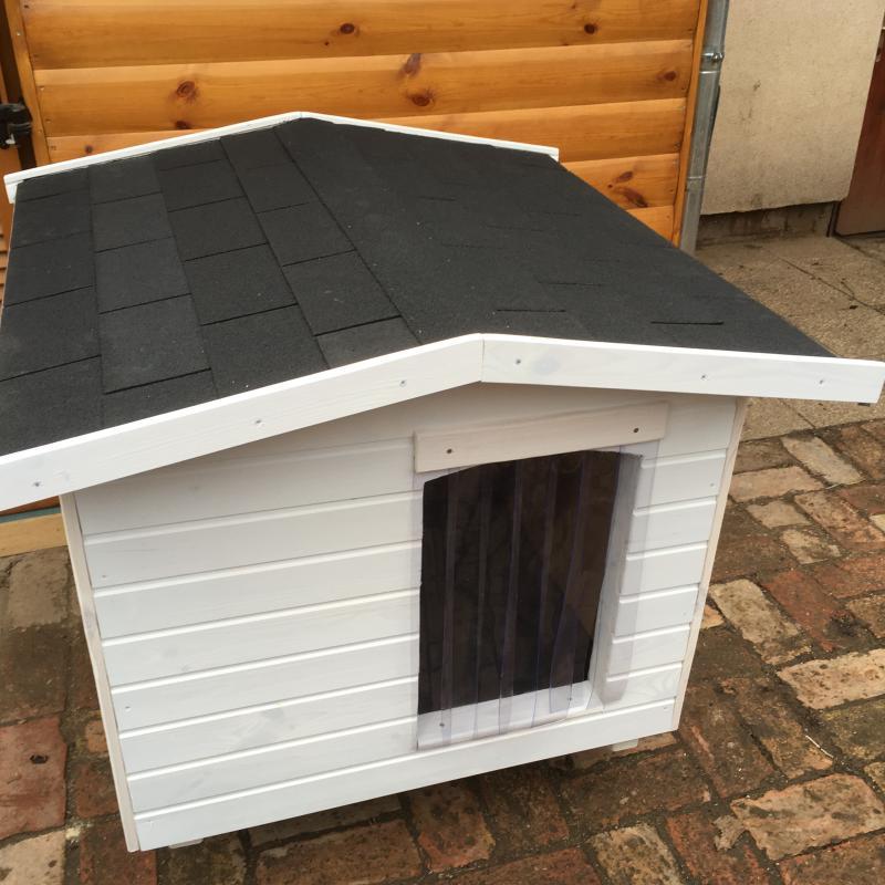 Hőfüggönnyel 90X100 hőszigetelt kutyaház fordított amerikai tetős fehér