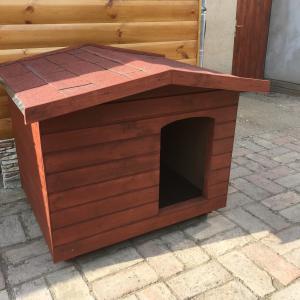 80X100 hőszigetelt kutyaház fordított amerikai tetős teak