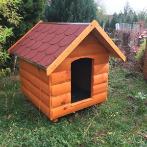 Rönkhatású 90X100 hőszigetelt kutyaház klasszikus nyeregtetős