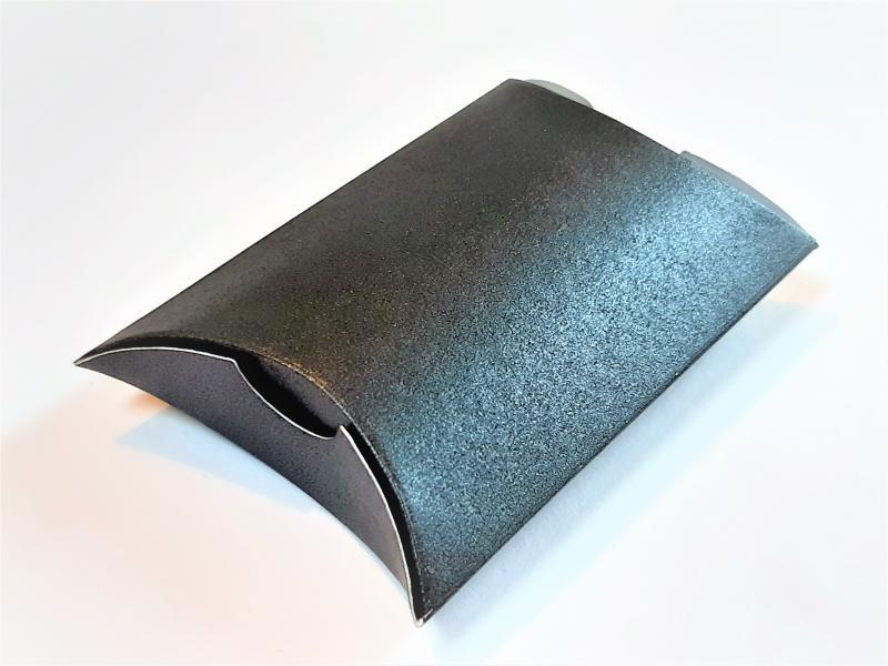 Ovál tasak, fekete shine 64*60*22 mm