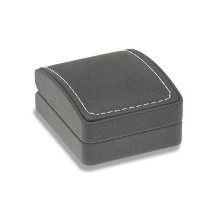 Soft Touch kitűzős varrott bőr díszdoboz