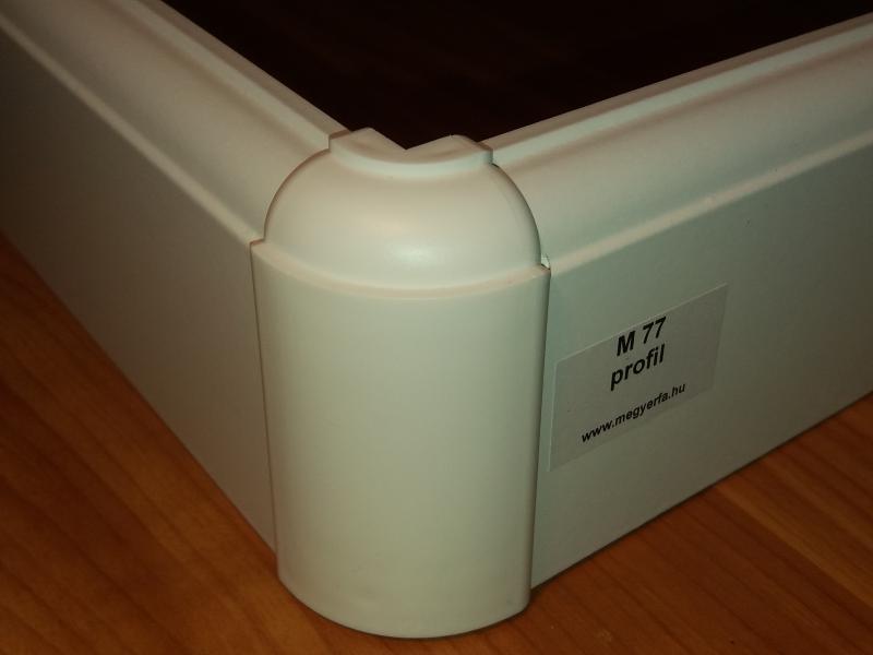 M77 profilhoz külső sarokelem 2 db / cs