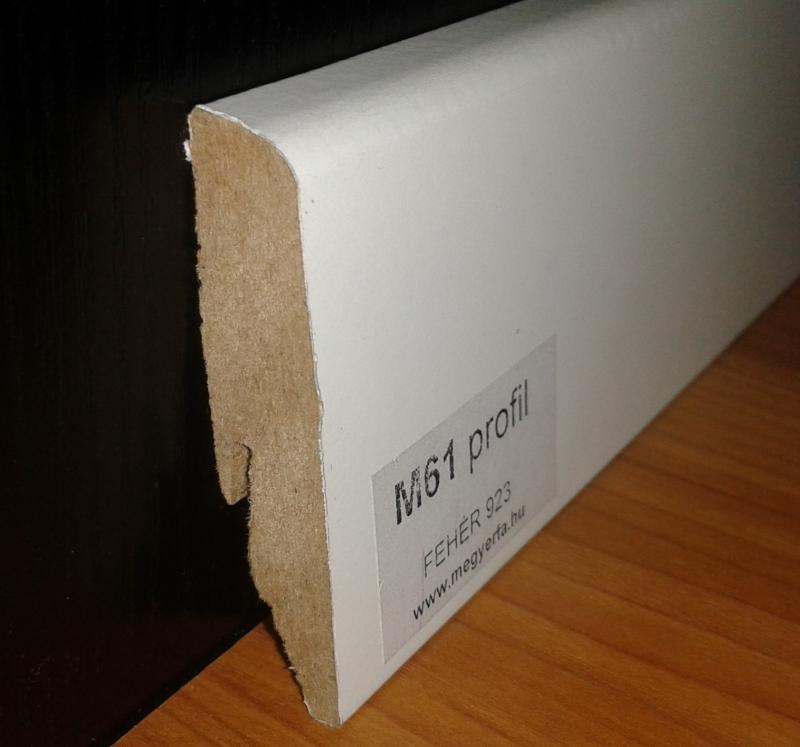 Magas fehér MDF padló szegélyléc M61 profil